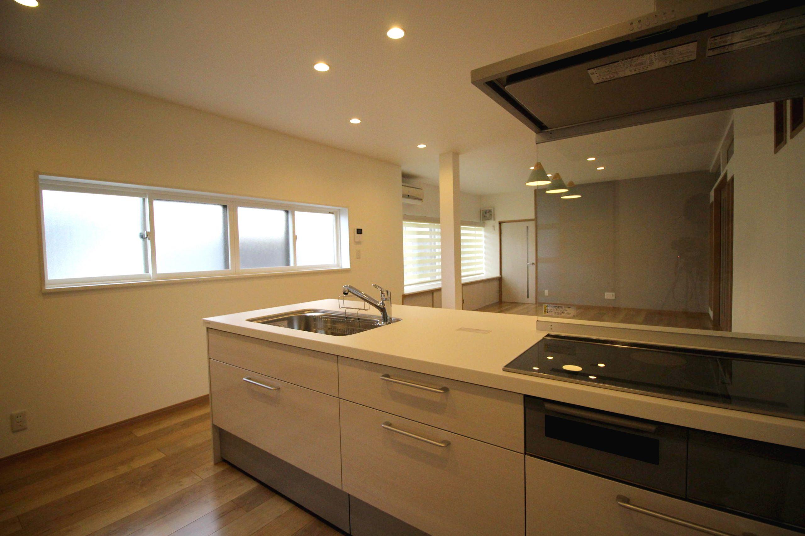 台所と和室をひと部屋にし、親子3代で暮らす広いLDK